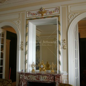 Polychromatic and gold-leaf decorations of stuccoes and plaster cornices. Private villa in Monte Carlo