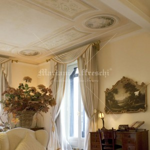 Classic ceiling friezes and decorations in a private apartment