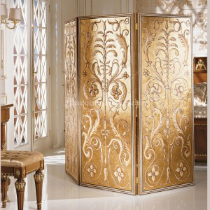 Folding partition with fresco decoration on a gold leaf background