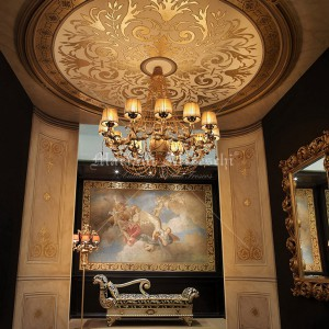 Frescoed foyer with ceiling rosette in gold leaf